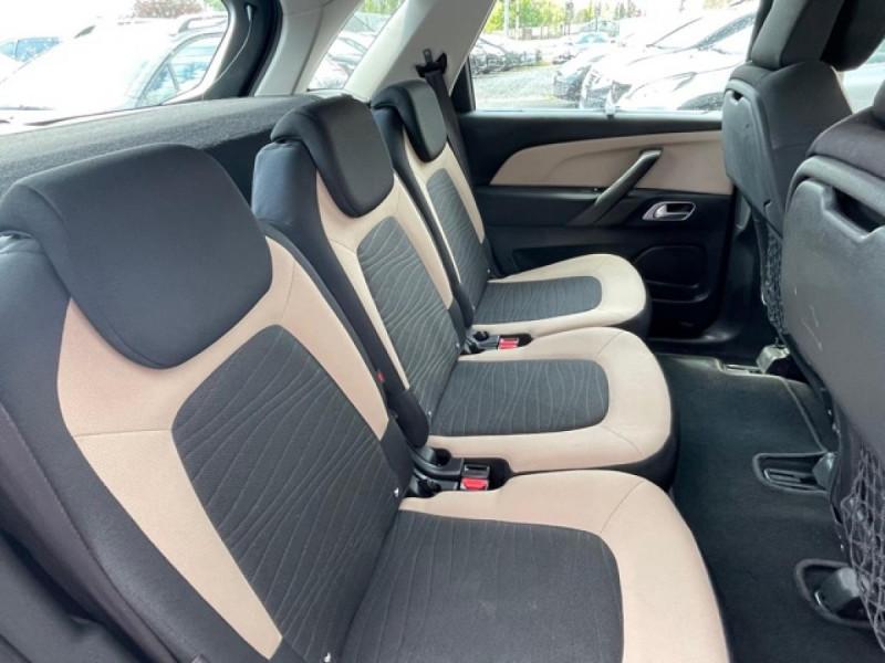 Photo 11 de l'offre de CITROEN C4 PICASSO 1.6 E-HDI115 INTENSIVE GPS RADAR 1ERE MAIN CARNET A JOUR à 8250€ chez Triplo auto
