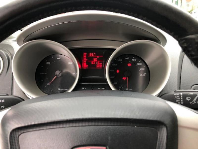 Photo 14 de l'offre de SEAT IBIZA 1.6TDI 90 STYLE CLIM   DISTRI OK  à 5650€ chez Triplo auto