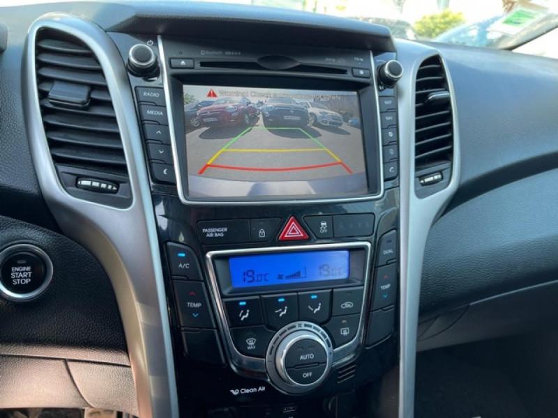 Photo 19 de l'offre de HYUNDAI I30 1.6 CRDI - 110 - BVA DCT-7 EXECUTIVE GPS à 10990€ chez Triplo auto