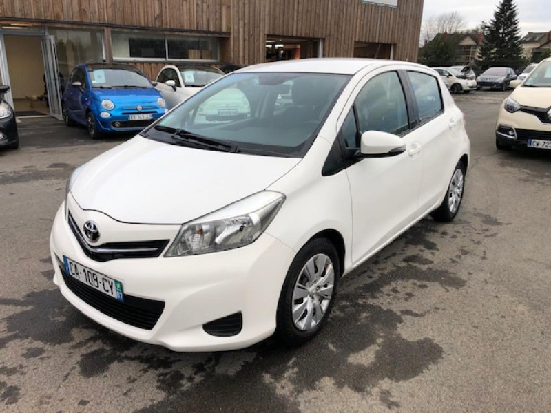 Toyota YARIS 1.4D-4D90 DYNAMIC GPS CAMERA ATTELAGE 1ERE MAIN Diesel BLANC Occasion à vendre