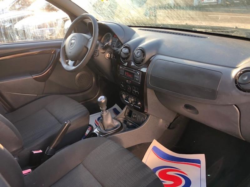 Photo 10 de l'offre de DACIA DUSTER 1.5 DCI110 LAURéATE CLIM DISTRI OK à 6490€ chez Triplo auto