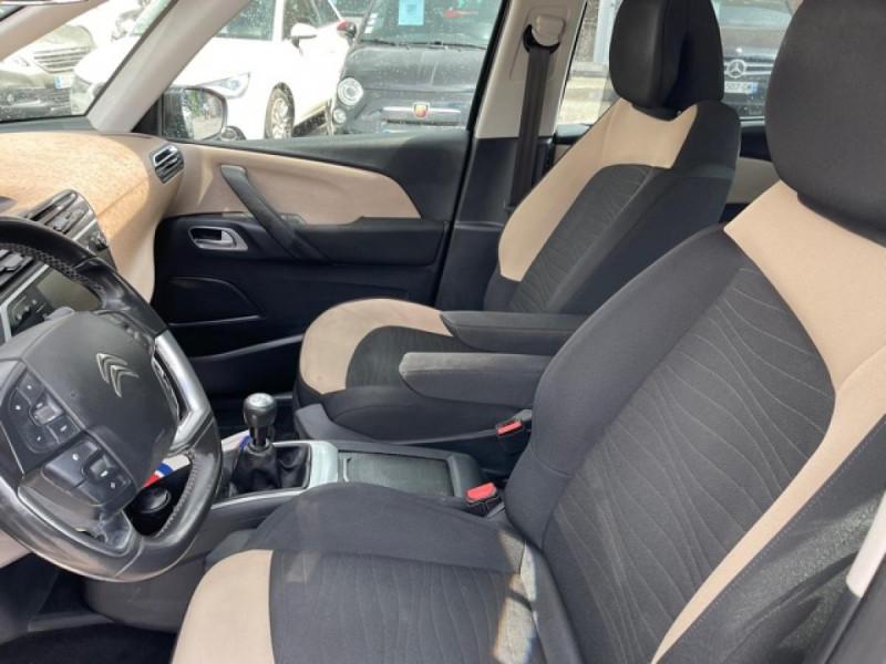 Photo 13 de l'offre de CITROEN C4 PICASSO 1.6 E-HDI115 INTENSIVE GPS RADAR 1ERE MAIN CARNET A JOUR à 8250€ chez Triplo auto