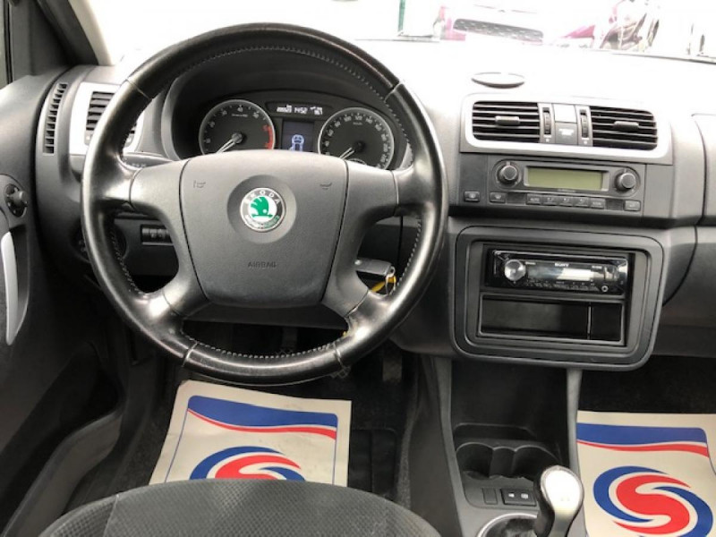 Photo 14 de l'offre de SKODA FABIA 1.2I 70  CONFORT CLIM JANTES ALU à 3650€ chez Triplo auto