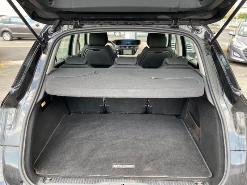 Photo 4 de l'offre de CITROEN C4 PICASSO 1.6 E-HDI115 INTENSIVE GPS RADAR 1ERE MAIN CARNET A JOUR à 8250€ chez Triplo auto