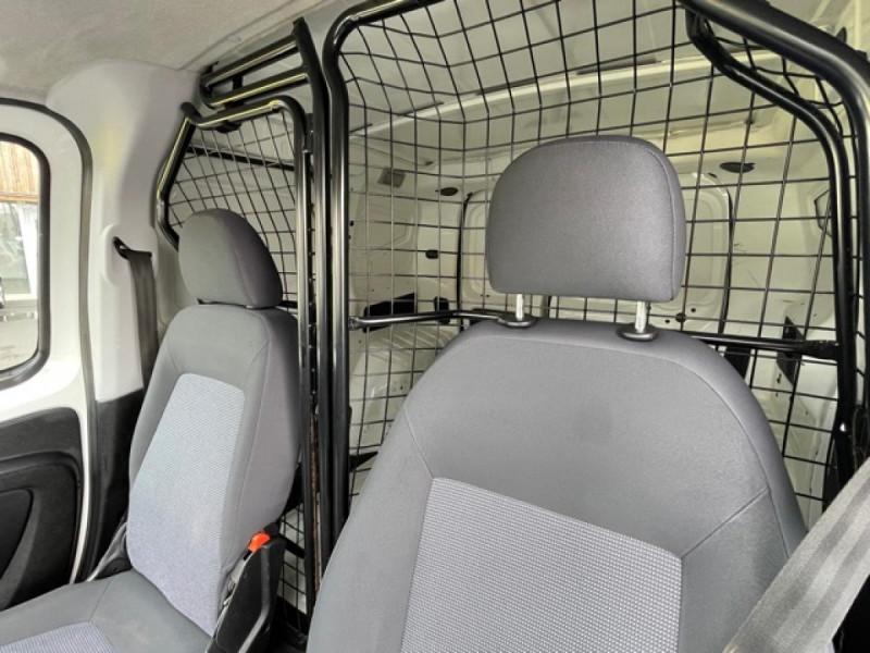 Photo 19 de l'offre de PEUGEOT BIPPER 1.3 HDI75 PACK CLIM  1ERE MAIN   PORTE LATERALE à 7750€ chez Triplo auto