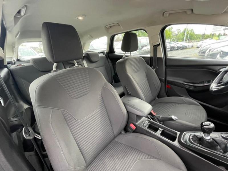 Photo 14 de l'offre de FORD FOCUS SW 1.6TDCI115 TITANIUM GPS  à 8990€ chez Triplo auto