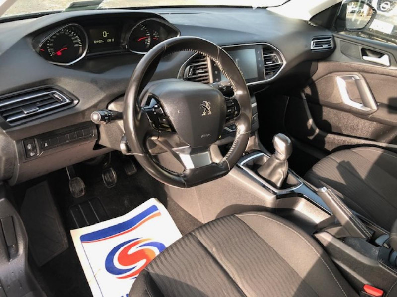 Photo 21 de l'offre de PEUGEOT 308  SW 1.6 HDI 92 ACTIVE GPS RADAR à 7490€ chez Triplo auto