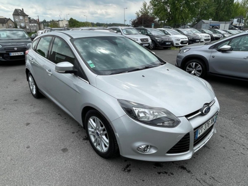 Photo 7 de l'offre de FORD FOCUS 2.0TDCI115-BVA POWERSHIFT  TITANIUM CLIM RADAR à 8990€ chez Triplo auto
