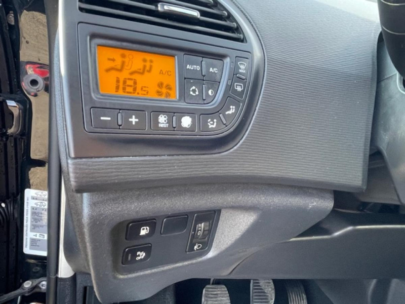Photo 20 de l'offre de CITROEN C4 PICASSO 1.6 HDIFAP -110  MILLENIUM  GPS à 6990€ chez Triplo auto