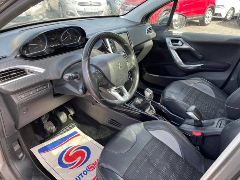 Photo 10 de l'offre de PEUGEOT 2008  1.6 E-HDI FAP - 92  ALLURE    TOIT   GRIPCONTROL à 11990€ chez Triplo auto