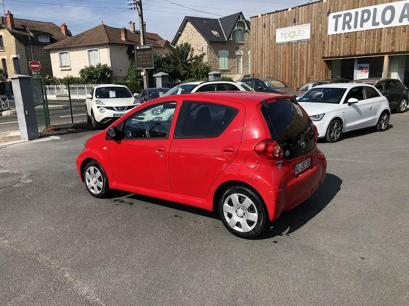 Photo 3 de l'offre de TOYOTA AYGO 1.0 68 CONFORT CLIM 5PORTES GAR3MOIS à 3490€ chez Triplo auto