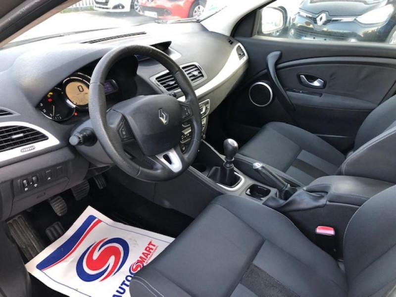 Photo 12 de l'offre de RENAULT MEGANE 1.5 DCI105 DYNAMIQUE CLIM   DISTRI OK   1ERE MAIN à 5490€ chez Triplo auto