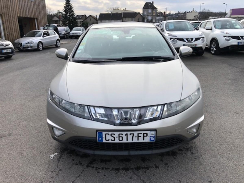 Photo 8 de l'offre de HONDA CIVIC 1.8 I-VTEC  SPORT  à 6490€ chez Triplo auto