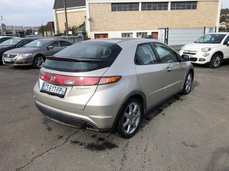 Photo 5 de l'offre de HONDA CIVIC 1.8 I-VTEC  SPORT  à 6490€ chez Triplo auto