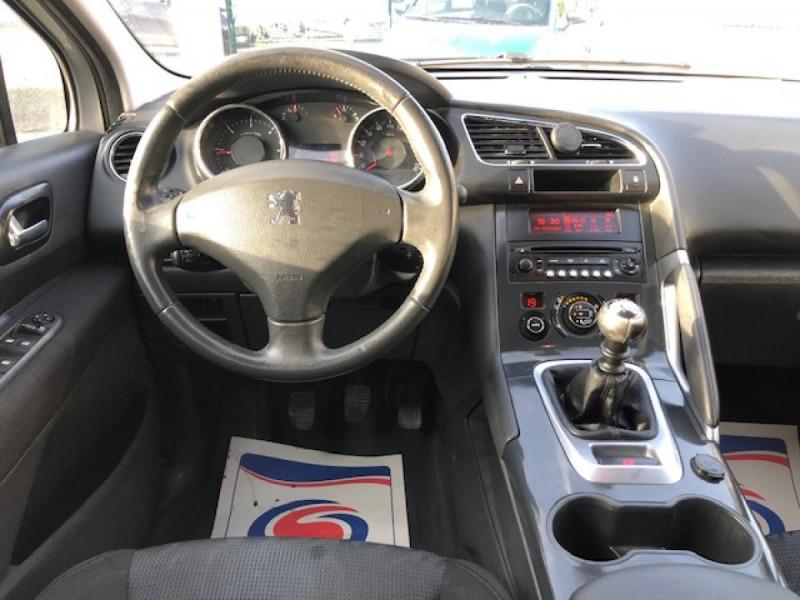 Photo 15 de l'offre de PEUGEOT 3008  1.6HDI 110 PREMIUM DISTRI OK  CLIM RADAR AR à 6490€ chez Triplo auto