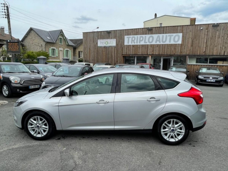 Photo 2 de l'offre de FORD FOCUS 2.0TDCI115-BVA POWERSHIFT  TITANIUM CLIM RADAR à 8990€ chez Triplo auto