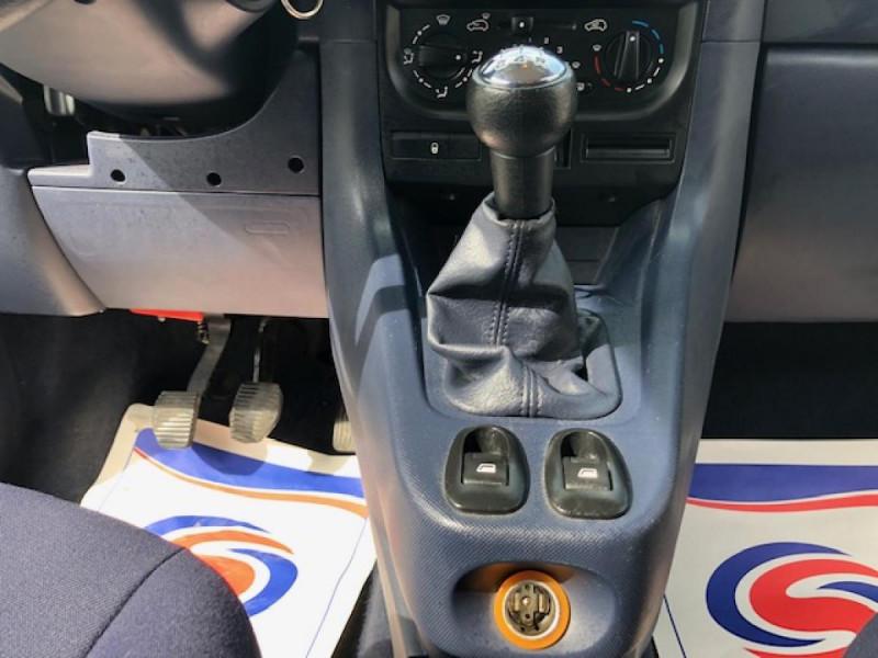 Photo 20 de l'offre de PEUGEOT 1007 1.4I  TRENDY  CLIM GAR3MOIS à 4990€ chez Triplo auto
