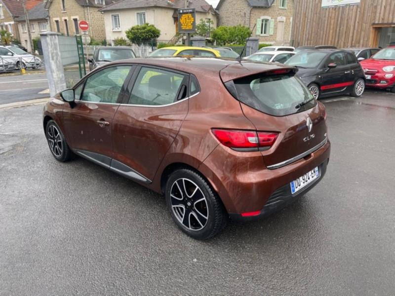 Photo 3 de l'offre de RENAULT CLIO 1.5DCI-90ZEN GPS DISTRI OK à 8490€ chez Triplo auto