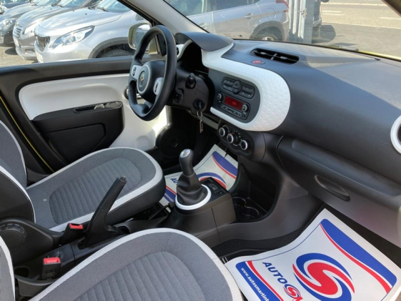 Photo 13 de l'offre de RENAULT TWINGO 1.0SCE-70 ZEN CLIM à 8350€ chez Triplo auto