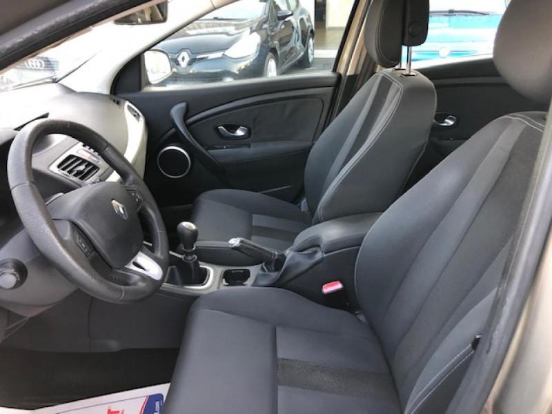 Photo 13 de l'offre de RENAULT MEGANE 1.5 DCI105 DYNAMIQUE CLIM   DISTRI OK   1ERE MAIN à 5490€ chez Triplo auto