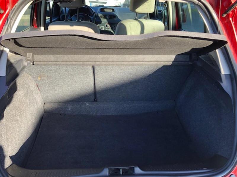 Photo 6 de l'offre de RENAULT CLIO 1.2I 75 DYNAMIQUE CLIM 71000KM DISTRI OK   CT OK à 5490€ chez Triplo auto