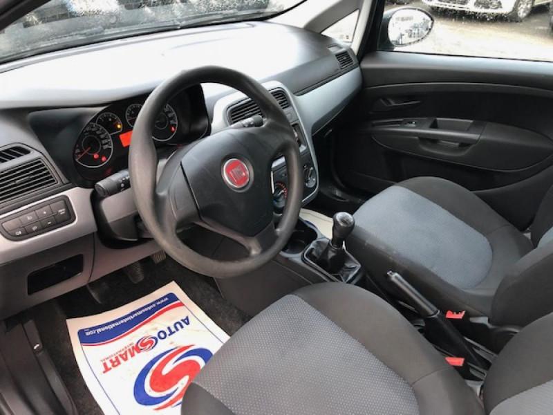 Photo 7 de l'offre de FIAT GRANDE PUNTO/PUNTO EVO 1.3 MJT5 S&S CULT 1ERE MAIN ENTRETIEN OK à 5990€ chez Triplo auto