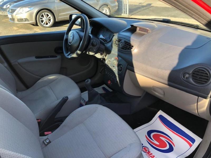 Photo 9 de l'offre de RENAULT CLIO 1.2I 75 DYNAMIQUE CLIM 71000KM DISTRI OK   CT OK à 5490€ chez Triplo auto