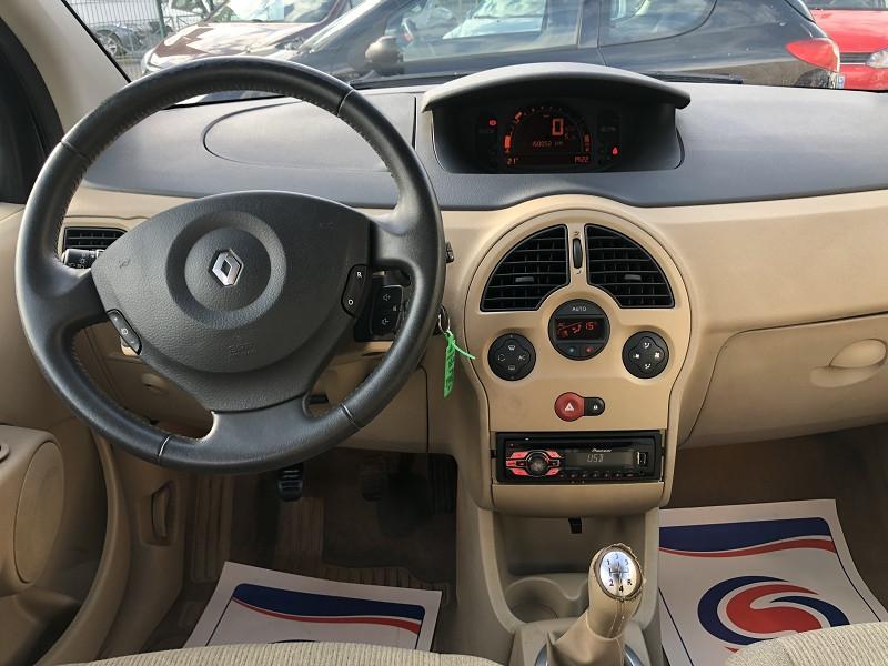 Photo 11 de l'offre de RENAULT MODUS 1.6I 113   PACK CLIM DYNAMIQUE  à 3490€ chez Triplo auto