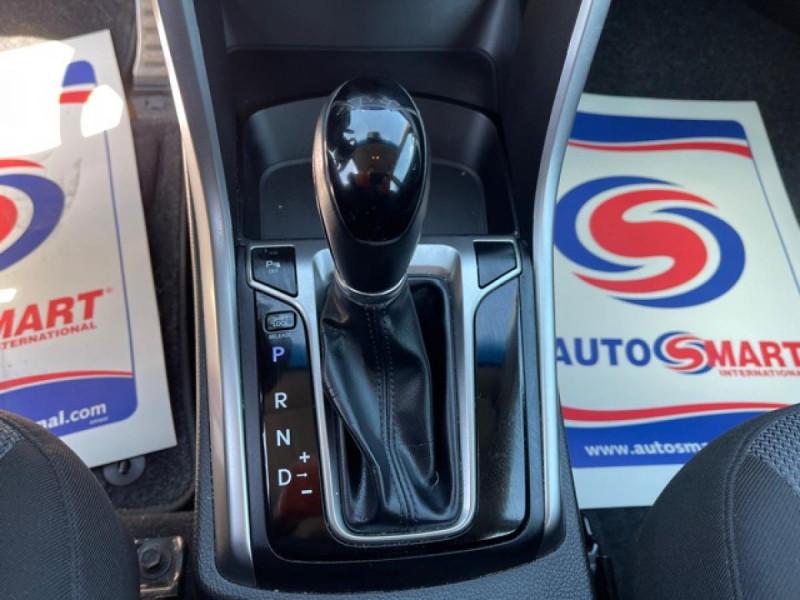 Photo 18 de l'offre de HYUNDAI I30 1.6 CRDI - 110 - BVA DCT-7 EXECUTIVE GPS à 10990€ chez Triplo auto