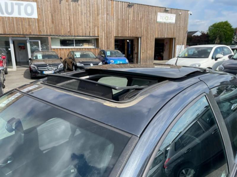 Photo 16 de l'offre de RENAULT CLIO 1.6I-110 CONFORT EXPRESSION CLIM TOIT OUVRANT à 4250€ chez Triplo auto
