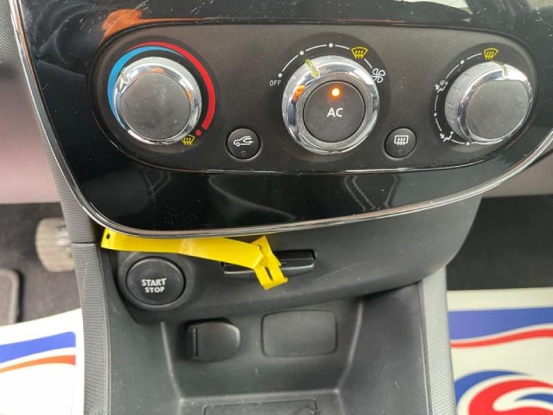 Photo 19 de l'offre de RENAULT CLIO 1.5DCI-90ZEN GPS DISTRI OK à 8490€ chez Triplo auto