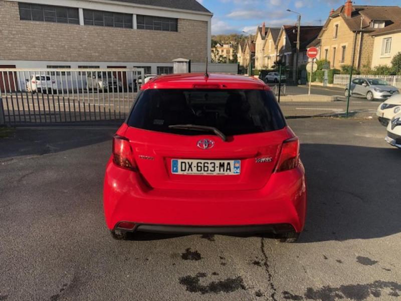 Photo 4 de l'offre de TOYOTA YARIS 1.3VVT-I100 LOUNGE GPS CAMERA RECUL à 7990€ chez Triplo auto