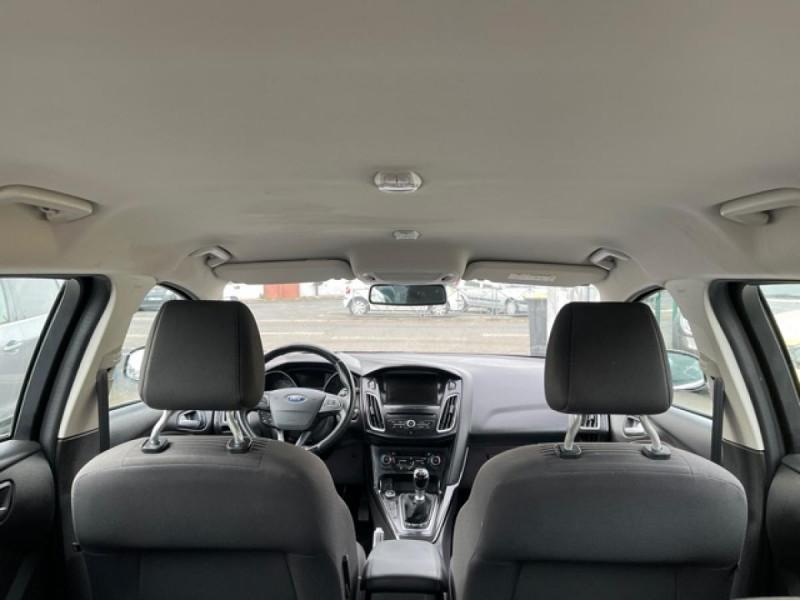 Photo 10 de l'offre de FORD FOCUS SW 1.6TDCI115 TITANIUM GPS  à 8990€ chez Triplo auto