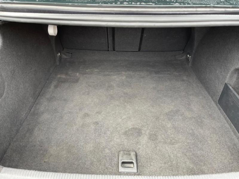 Photo 8 de l'offre de VOLKSWAGEN PASSAT CC CC 2.0 TDI 140 DISTRI OK à 7490€ chez Triplo auto