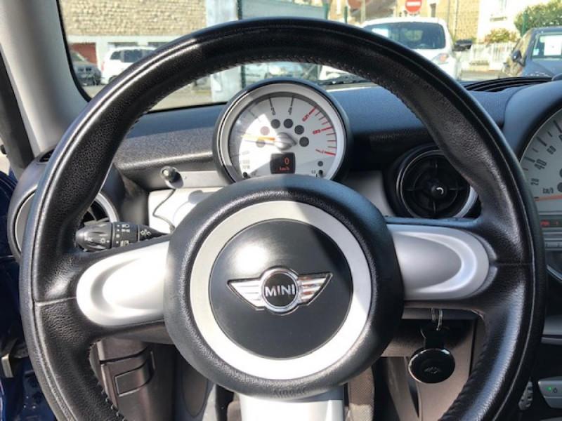 Photo 22 de l'offre de MINI MINI CLUBMAN COOPER D 1.6D110   à 6750€ chez Triplo auto
