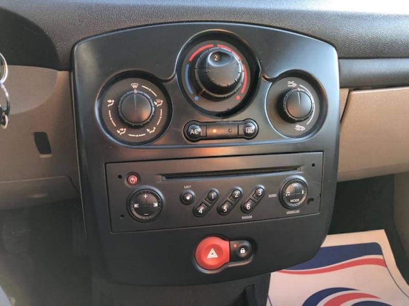 Photo 14 de l'offre de RENAULT CLIO 1.2I 75 DYNAMIQUE CLIM 71000KM DISTRI OK   CT OK à 5490€ chez Triplo auto