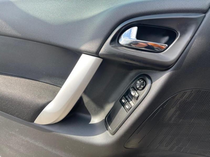 Photo 18 de l'offre de CITROEN C3  1.4I 75CV CONFORT CLIM à 5650€ chez Triplo auto