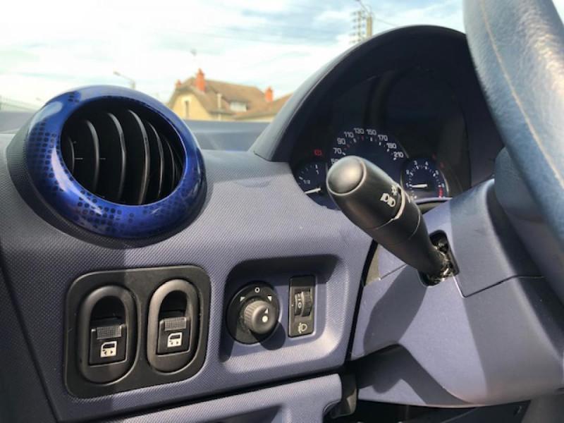 Photo 23 de l'offre de PEUGEOT 1007 1.4I  TRENDY  CLIM GAR3MOIS à 4990€ chez Triplo auto