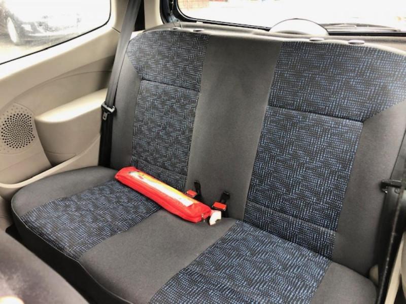 Photo 10 de l'offre de RENAULT TWINGO 1.2I 75 AUTHENTIQUE CLIM 1ERE MAIN DISTRI OK à 4250€ chez Triplo auto