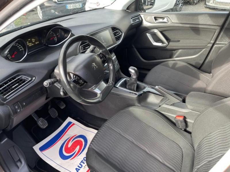 Photo 12 de l'offre de PEUGEOT 308  1.6 HDI 92 BUSINESS GPS   CARNET ENTRETIEN A JOUR à 9490€ chez Triplo auto