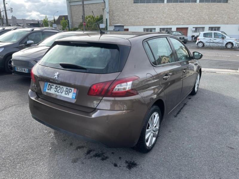 Photo 5 de l'offre de PEUGEOT 308  1.6 HDI 92 BUSINESS GPS   CARNET ENTRETIEN A JOUR à 9490€ chez Triplo auto