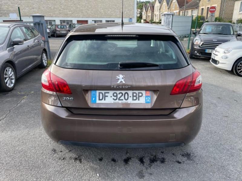 Photo 4 de l'offre de PEUGEOT 308  1.6 HDI 92 BUSINESS GPS   CARNET ENTRETIEN A JOUR à 9490€ chez Triplo auto