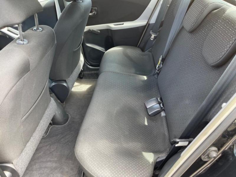 Photo 11 de l'offre de TOYOTA YARIS 1.3VVT-I 100 MILLENIUM CLIM 5P à 5490€ chez Triplo auto