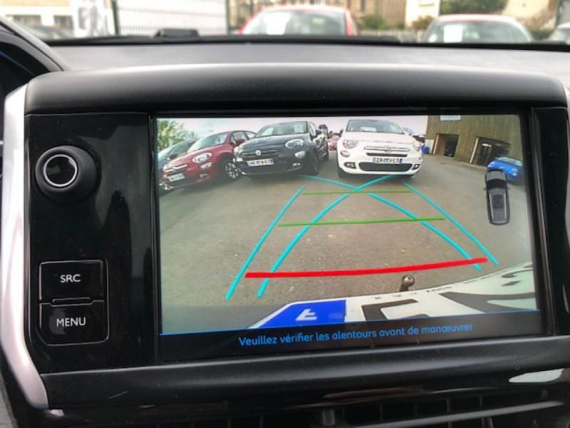 Photo 22 de l'offre de PEUGEOT 2008  1.2I PURETECH 110S&S EAT6 CROSSWAY 1ERE MAIN GPS CAMERA REGULATEUR BOITE AUTO  à 13990€ chez Triplo auto