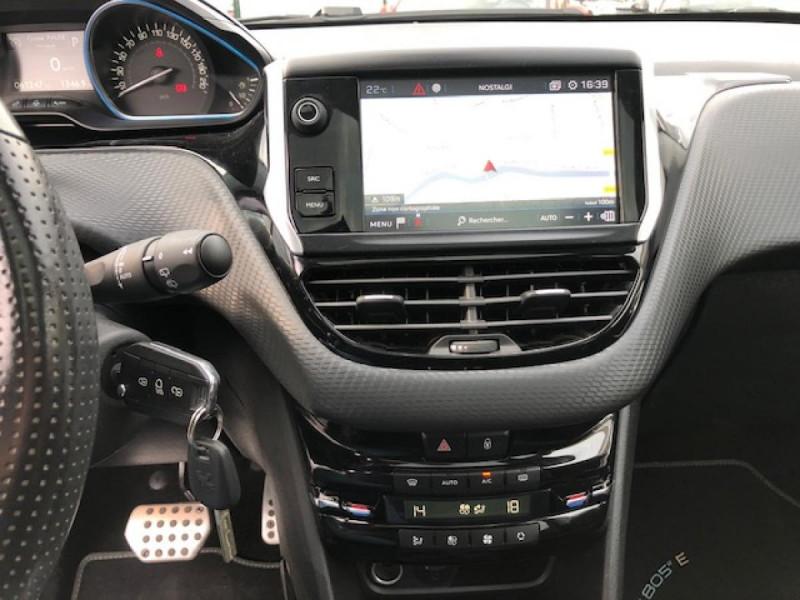 Photo 18 de l'offre de PEUGEOT 2008  1.2I PURETECH 110S&S EAT6 CROSSWAY 1ERE MAIN GPS CAMERA REGULATEUR BOITE AUTO  à 13990€ chez Triplo auto