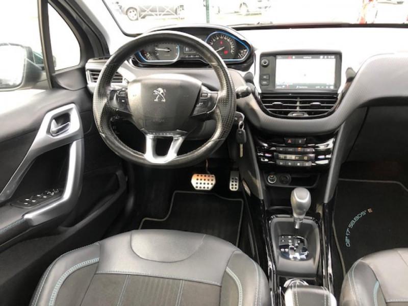Photo 16 de l'offre de PEUGEOT 2008  1.2I PURETECH 110S&S EAT6 CROSSWAY 1ERE MAIN GPS CAMERA REGULATEUR BOITE AUTO  à 13990€ chez Triplo auto