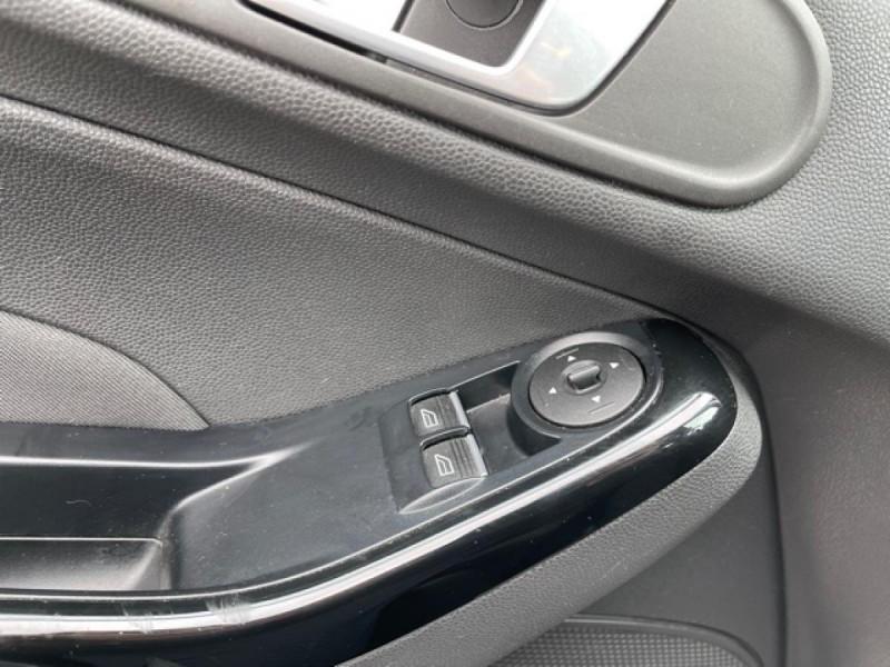 Photo 21 de l'offre de FORD FIESTA 1.5 TDCI-95 TITANIUM CLIM à 8990€ chez Triplo auto