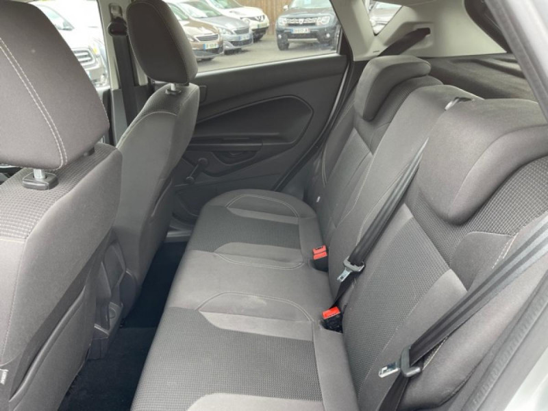 Photo 11 de l'offre de FORD FIESTA 1.5 TDCI-95 TITANIUM CLIM à 8990€ chez Triplo auto
