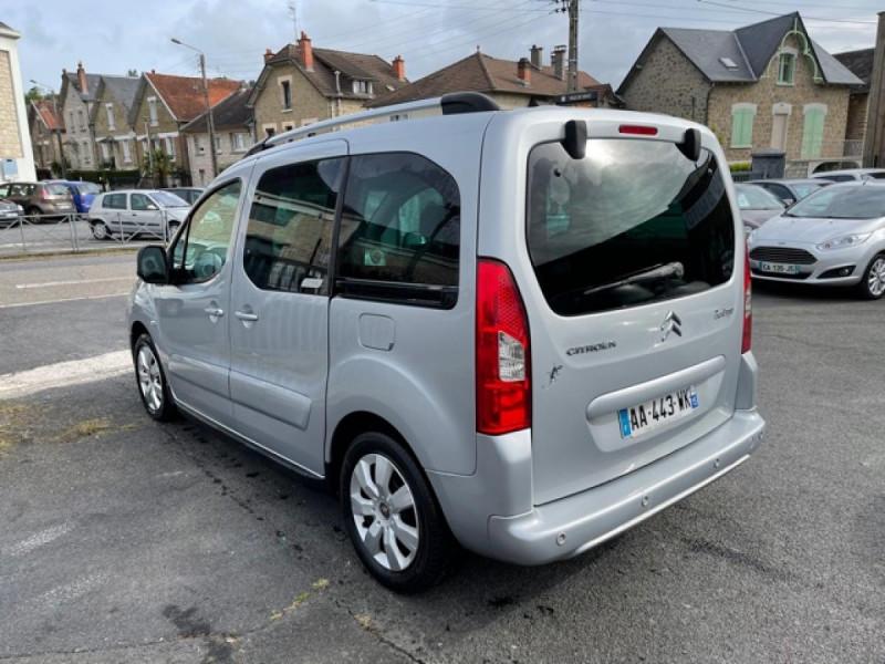 Photo 3 de l'offre de CITROEN BERLINGO 1.6 HDI-92 XTR CLIM 5PLACES DISTRI OK à 7350€ chez Triplo auto