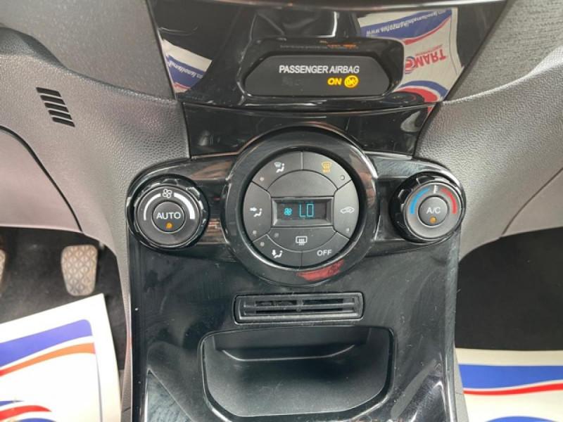 Photo 18 de l'offre de FORD FIESTA 1.5 TDCI-95 TITANIUM CLIM à 8990€ chez Triplo auto